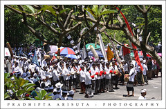 Melasti II (juzz_arisuta) Tags: people bali beach canon temple ceremony culture hindu melis 50d petitenget melasti