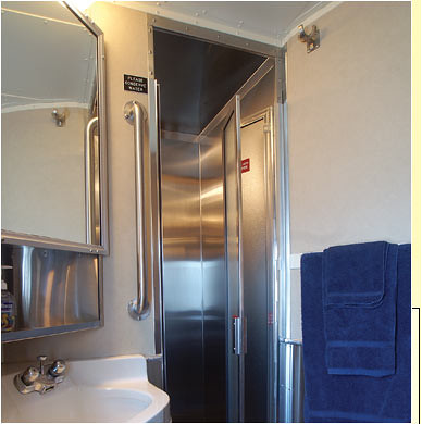 Train Chartering - The Puget Sound private rail car bathroom