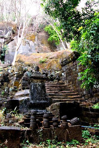 72.Wat Phu Champasak的殘編斷簡