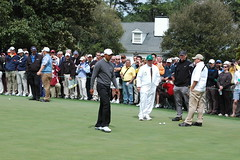 tiger woods on putting green