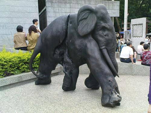 長得像大象的木雕