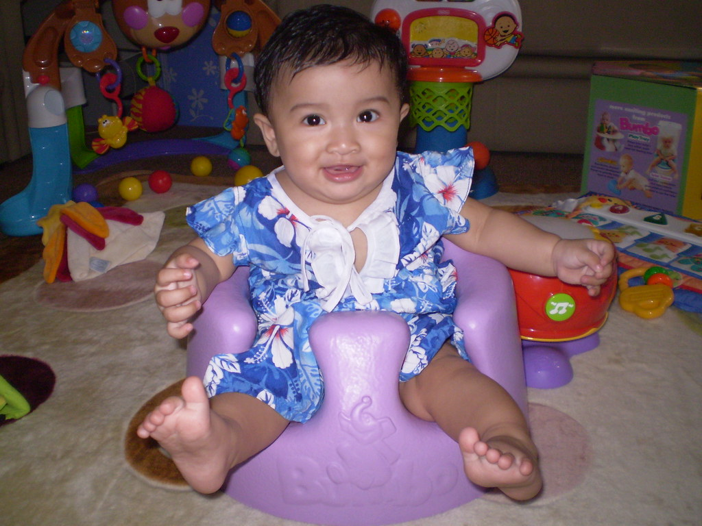 Bumbo Baby Sitter + Play Tray Set