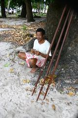 Spear maker, Tikopia (U Jay) Tags: portraits polynesia southpacific tikopia