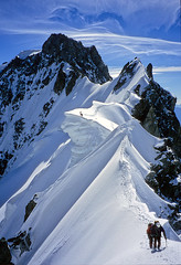 Arte 12 (Alpine Light & Structure) Tags: mountain france mountains alps alpes landscape europe alpen landschaft chamonix mtblanc rochefort dentdugeant captaininteresting reflectyourworld mountainsnaps