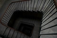 Montpellier entrance (CamR) Tags: light france colour detail architecture stairs canon concrete grey design frankreich walk entrance rail montpellier handrail canoneos350d eos350d arkitektur camr