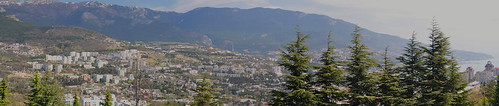 Overview Panorama of Yalta ... uncanny resemblance to the South of France