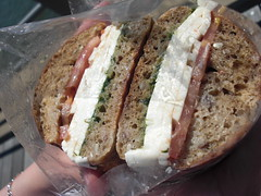 马苏里拉三明治
