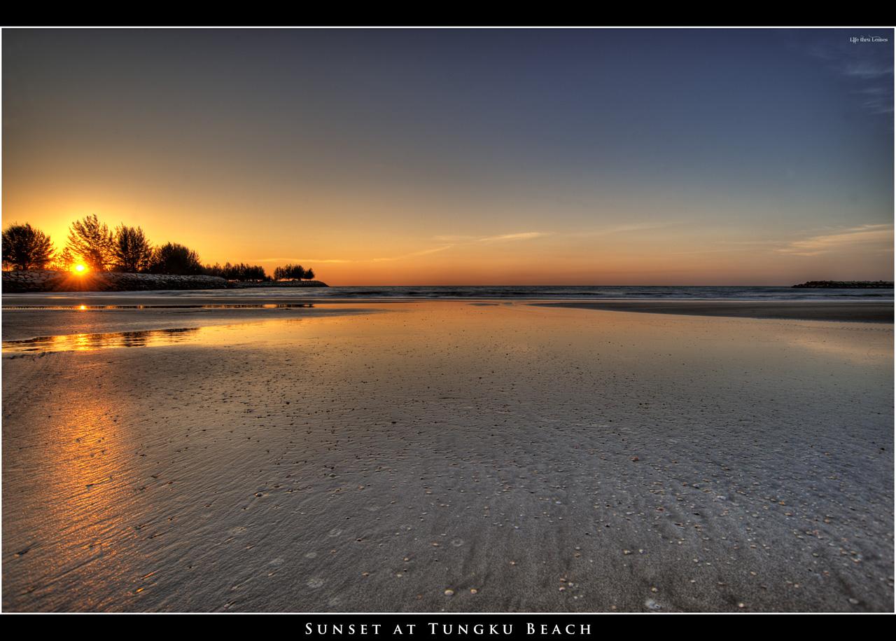 Sunset at Tungku Beach 01