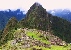 Peru - Machu Picchu - Panorama - ein letzter Blick zurck, 112 (roba66) Tags: panorama mountains peru machu picchu landscape ruins paisaje paisagem inka berge andes machupicchu landschaft archeology montanhas archeological montaas ruinen inkas huaynapicchu mauern antik runas sdamerika herrlich ruinenstadt arqueolgicas perumachupicchu anawesomeshot stadtindenwolken vosplusbellesphotos savebeautifulearth youscore travelsofhomerodyssey