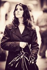 Simona - fashion time (manlio_k) Tags: bw girl look fashion canon vintage bag focus dof outoffocus sguardo siena sight simona borsa bianconero manlio ragazza manliok