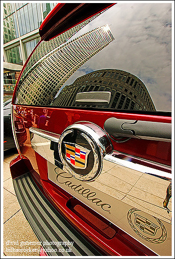 city urban color detail reflection london cars car spectacular geotagged design photo arquitectura cityscape image sony centre cities cityscapes center cadillac 350 londres sensational metropolis motor alpha canarywharf londra impressive dt caddy escalade municipality cites cadillaccar f4556 1118mm motorexpo brandnewcadillac ~acaddyatcanarywharf~ sonyalphadt1118mmf4556 sony?350dslra350