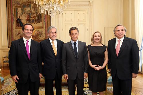 La comitiva por Sebastian Piñera.
