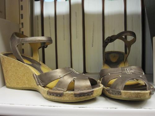 bronze shoes clarks