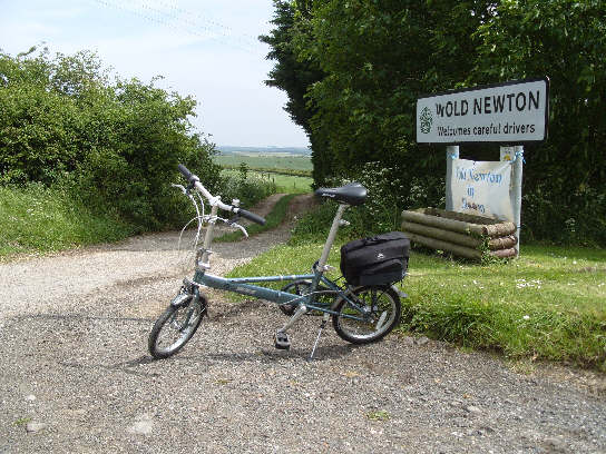 Big Skies Bike Rides: Great Wold Valley from Hunmanby
