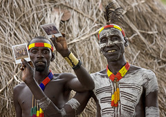 Got it Man! Karo tribe Ethiopia (Eric Lafforgue) Tags: africa travel people collier painting polaroid necklace dam couleurs african decoration makeup drawings tribal bijou dessin adventure blackpeople omovalley bodypainting tradition ethiopia tribe ethnic maquillage barrage personne tribo jewel ethnicity africain afrique tribu ethiopian omo eastafrica thiopien abyssinia tribesman ethiopie etiopa blackskin 4766 tribalportrait colorpicture ethnique abyssinie  ethnie  peinturecorporelle photocouleur etipia  afriquedelest corpspeint viesociale tribalmakeup colourpicture     cluleur valleedelomo afriqueorientale valledelomo salinicostruttori gibeiiidam gibe3dam bienvenuedansmatribu peoplesoftheomovalley