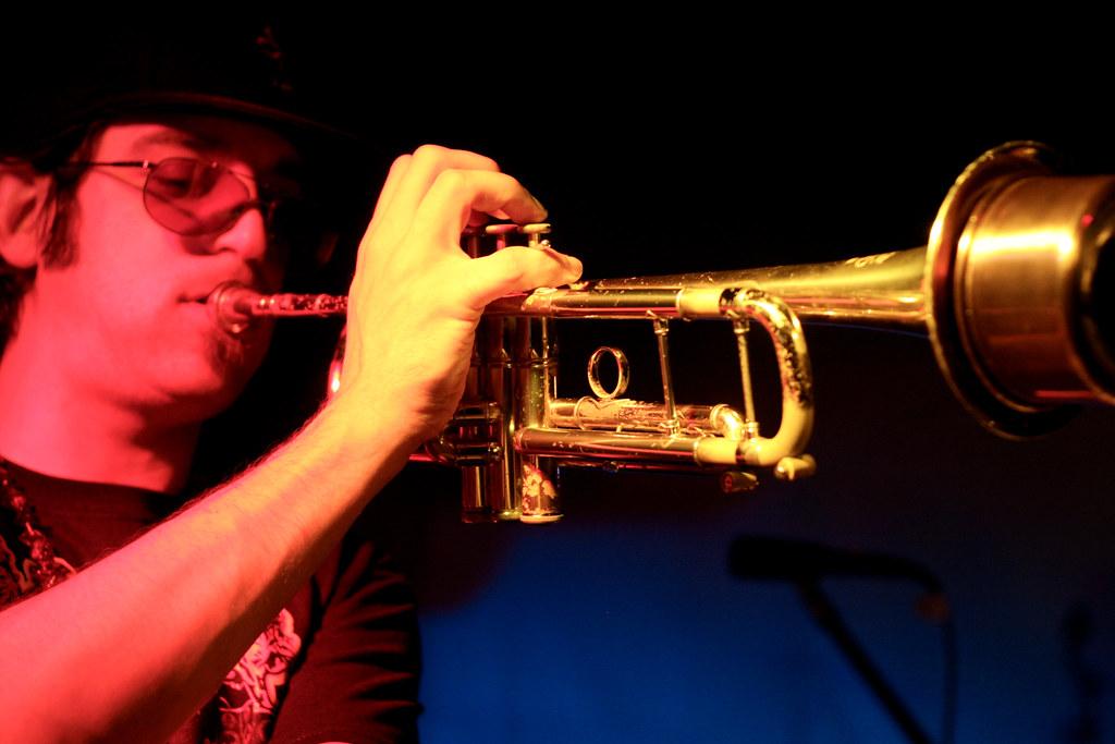 Primary Color Wheel Trumpet