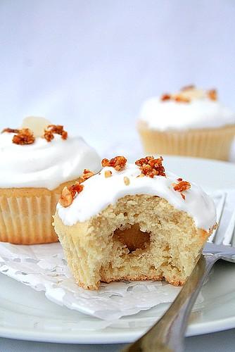 Hymne à lAmande: Cupcakes Tout-Blancs -