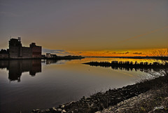 Evening (Janslb) Tags: sunset water silhouette raw nightview hdr ijssel nieuwerkerkadijssel 1exp skyascanvas spectacularsunsetsandsunrises