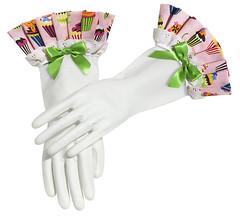 Carolyn's Kitchen Pink Cupcake Gloves