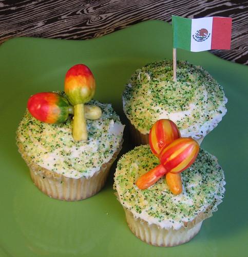 Mexican Flag Cupcakes And Mexican Flag Cupcakes