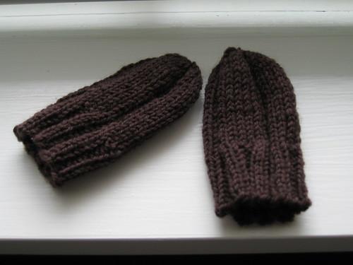 Mini mittens