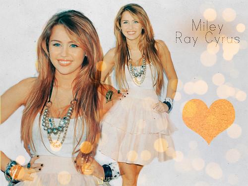 Miley Ray Cyrus Blend by ♫ // Alexzz.