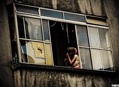 You give me fever - São Paulo (TLMELO) Tags: brazil woman man hot window girl brasil kiss downtown beijo sãopaulo mulher centro garoto teen janela menina homem fever calor minhocão