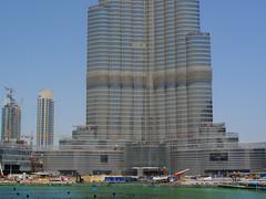 Burj Dubai, the World's tallest tower (www.bart.la - Personal pictures) Tags: hot dubai desert uae balloon atlantis burjalarab seaplane thepalm burj theworld thedubaimall