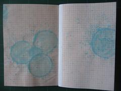 Wishes (Marina Chaccur) Tags: texture textura azul ink paper grid soap pattern wishes bubble papel tinta sabão wishing padrão makeawish bolha milimetrado