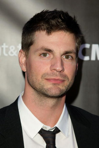 Gale Harold new haircut 120609 by thamescatblue.