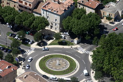 rond-point fontaine (ORANGE,FR84)