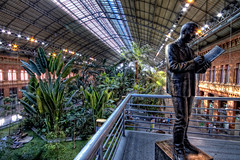 Estacin de Atocha, Madrid HDR (marcp_dmoz) Tags: madrid espaa plants station speed train canon tren eos spain plantas pflanzen railway oasis ave alta velocidad hdr estacin spanien atocha espaola oase 50d zugstation hochgeschwindigkeit