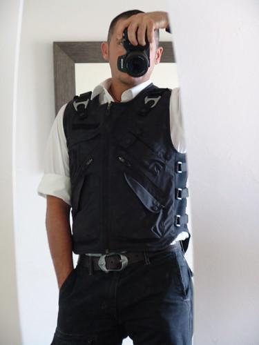 Oakley Ap Vest « Heritage Malta eb59c20c16359