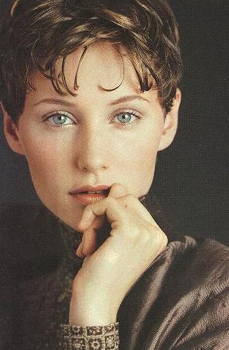 sarah jones. Sarah Jones, model