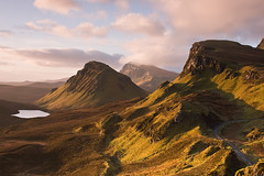 First Light - Isle of Skye (David Kendal) Tags: skye sunrise dawn scotland isleofskye cleat goldenhour daybreak firstlight trotternish quirang quiraing scottishlandscape dundubh trotternishridge druimanruma biodabuidhe lochcleat vosplusbellesphotos quiraingviewpoint quiraingview
