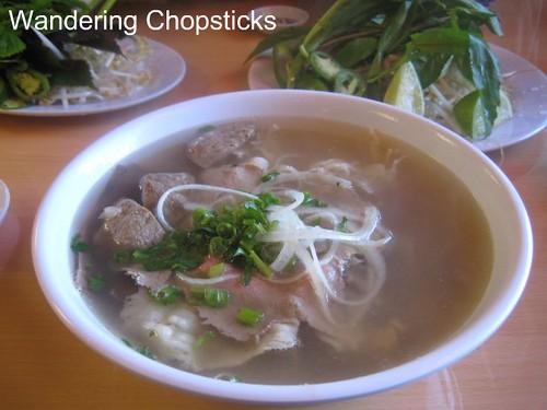 Pho Minh Vietnamese Restaurant - South El Monte 3