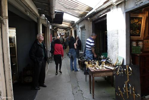 Le marché de Vernaison est celui qui a le plus conservé son aspect original, avec ses petites ruelles étroites