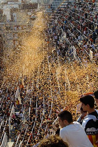 soccer-confetti