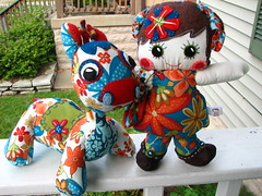 LolliBlue Giraffe and Amber the Mod Dollie