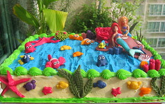 IMG_7146A (wanz-x) Tags: sea ariel cake coral cheese underwater nemo starfish cream carrot octopus pearl crabs mermaid dory marlin frosting