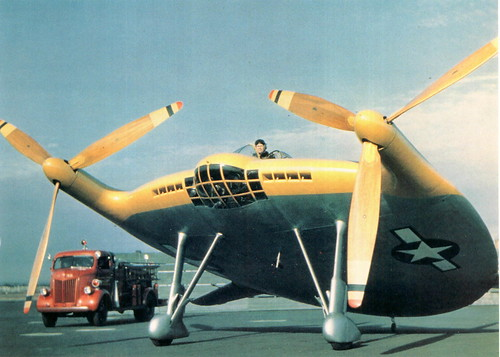 aviones extraños.