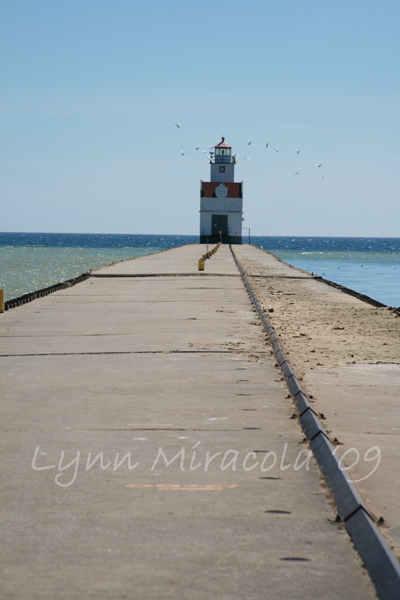 Kewaunee Pierhead Lighthouse 1