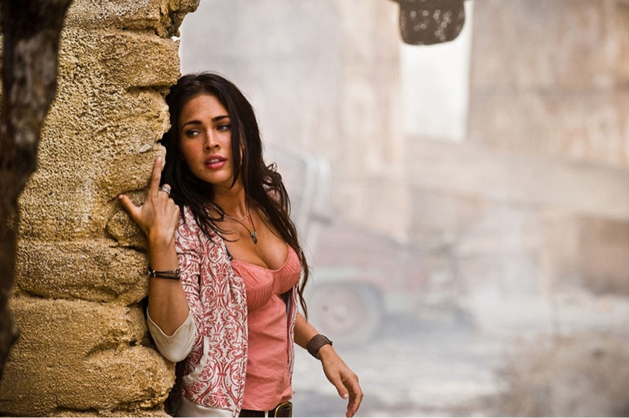 Transformers 2 Megan Fox desierto