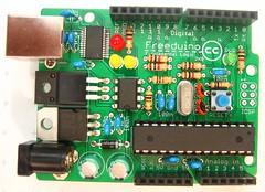 Freeduino 2009 (spiffed) Tags: electronics kits arduino freeduino duemilanove