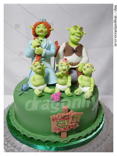Surprising Shrek Themed Cake Bolo Tematico Shrek A Photo On Flickriver Funny Birthday Cards Online Benoljebrpdamsfinfo
