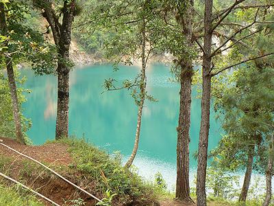 lagunas de Montebello.jpg