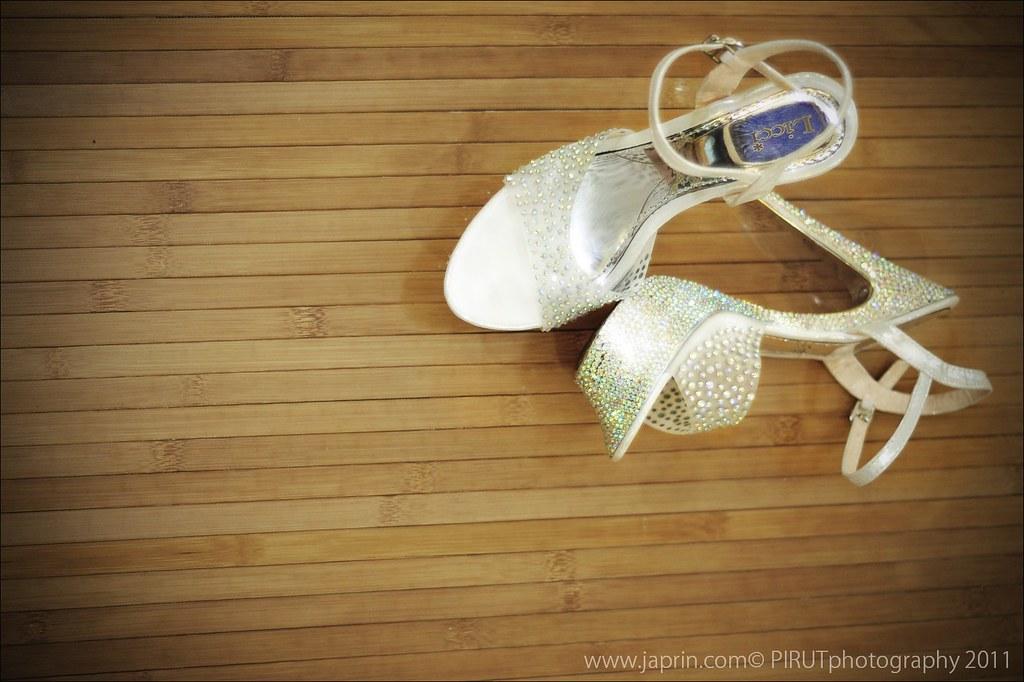 Wed's Shoe