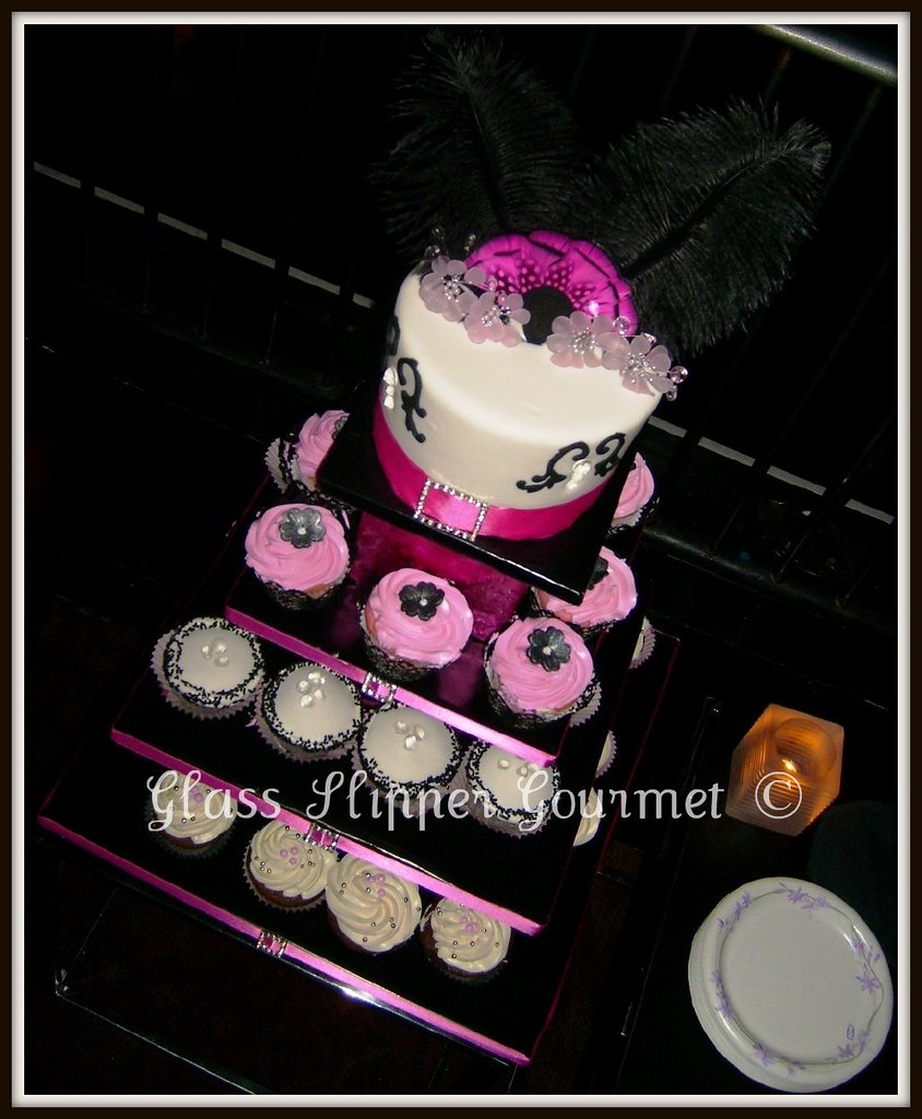 """""""Bling"""" for Lea's 31st - cupcakes and cake topper"""