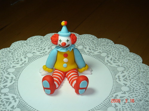 fondant clown cake topper