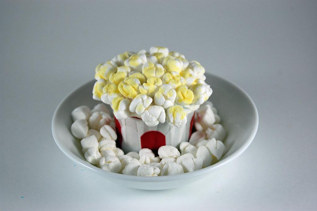 Popcorn Cupcake 02